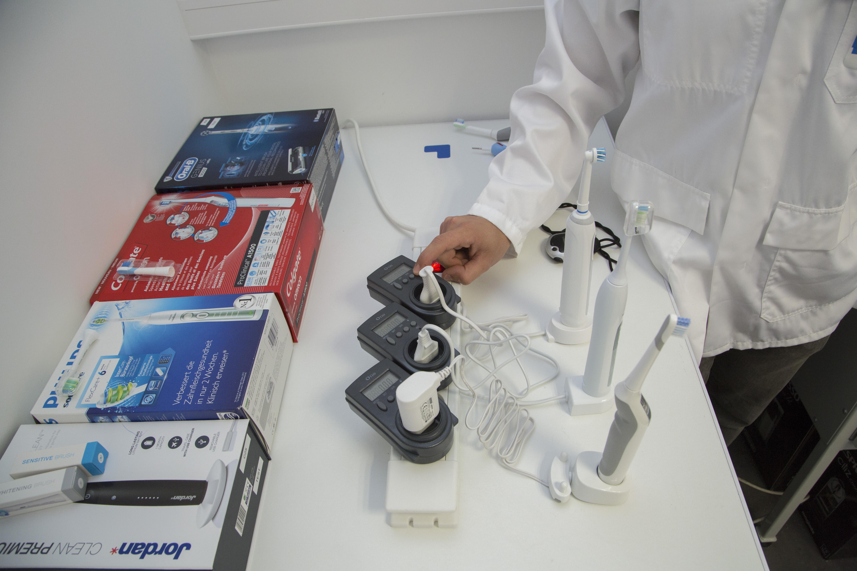 Testissä mitattiin akun lataus- ja käyttöaika. Kuva: Matthieu Colin